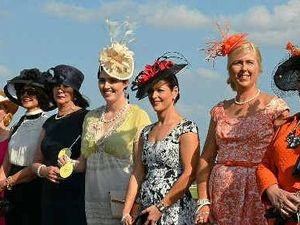 Fascinating fashion struts race day chic