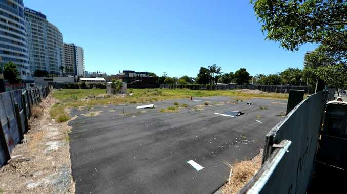Eye sore on the corner of Bay St and Wharf St Tweed Heads.