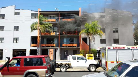 A fire has started in an apartment building in Auckland St, Gladstone.