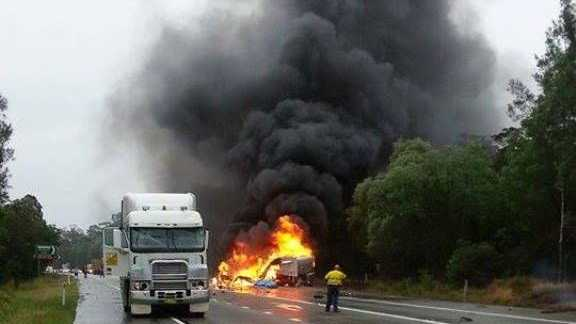 Ben Higgins sent us this photo of the truck fire at Iluka this morning that closed the Pacific Hwy.