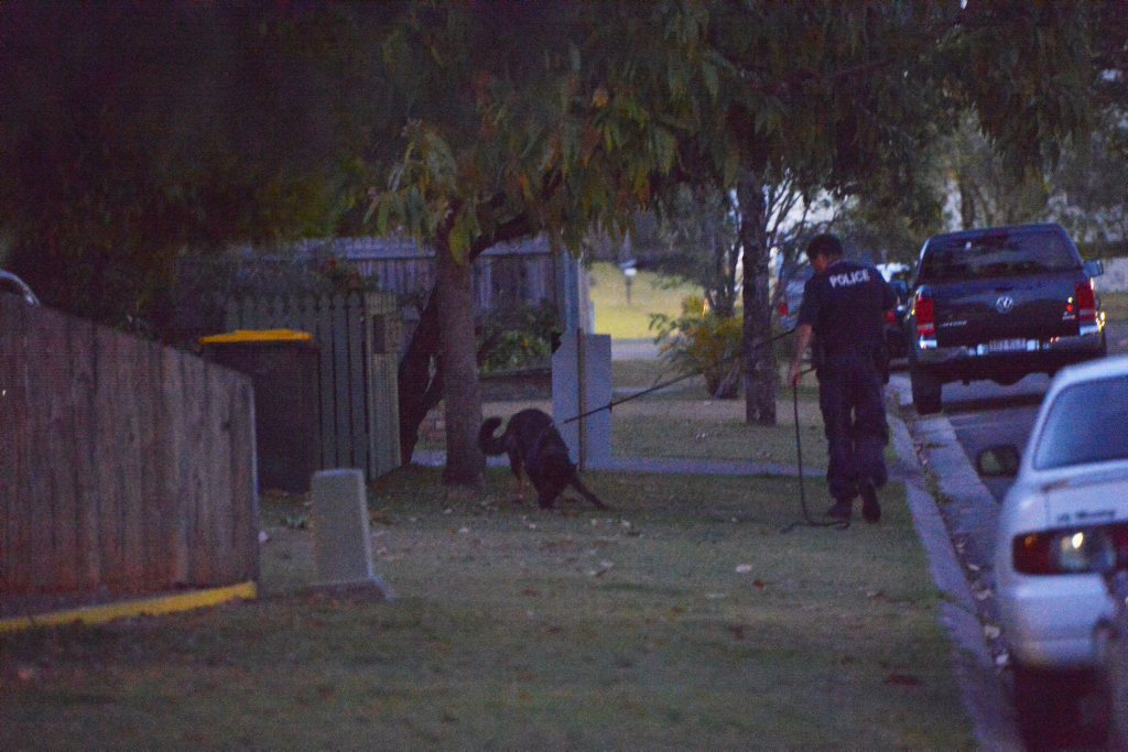 Police search for alleged abduction of a child in Mooloolaba. Photo: John McCutcheon / Sunshine Coast Daily.