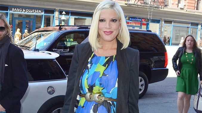 90210 star Tori Spelling.