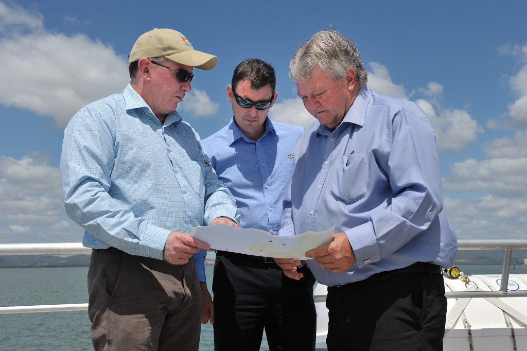 Flynn MP Ken O'Dowd with Western Basin Dredging and Disposal Project Leader Peter O'Sullivan and GPC Chief Executive Officer Craig Doyle.