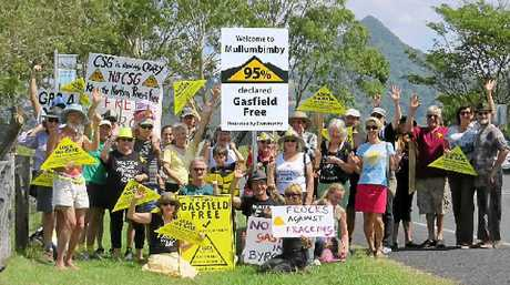 CSG-FREE: Anti-gas protesters show their support for the new sign outside Mullumbimby.