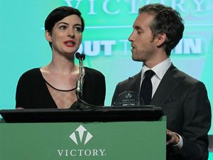 Claims Anne Hathaway made 'diva' demands at charity event