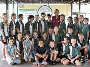 Popular Kin Kora teacher plants to travel after retirement