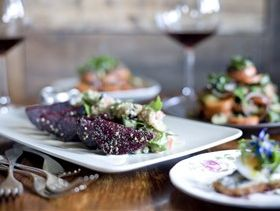 Campaign plates up Queensland food and wine