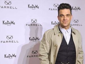 Robbie Williams quitting music to become mechanic