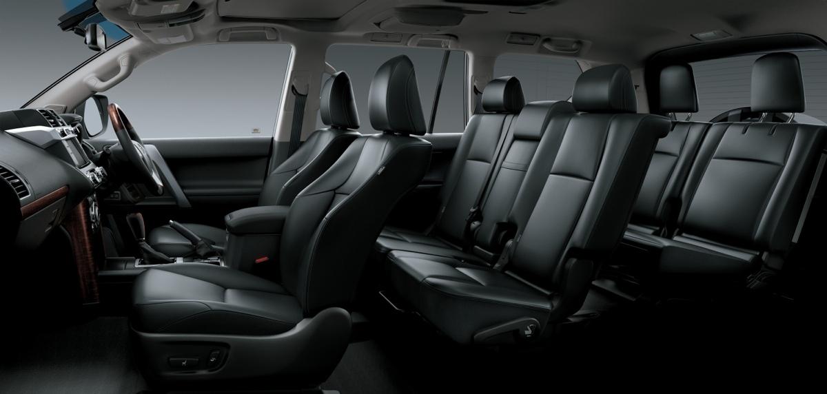 Toyota Prado interior