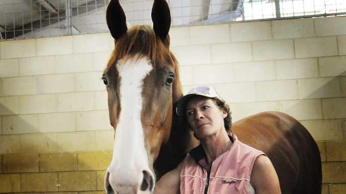 Desiree Gill and horse Tosexyformyshorts.