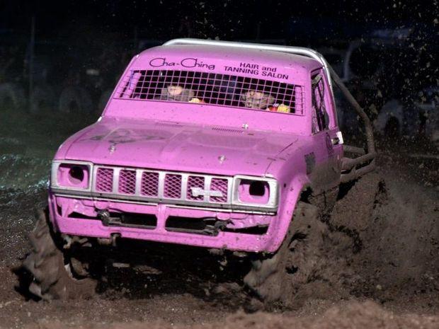 Robyn Granshaw at Kabra mud race. Photo Allan Reinikka / The Morning Bulletin
