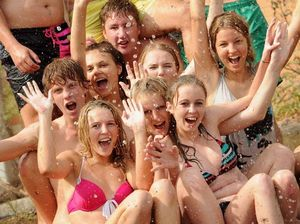 Schoolies travelling abroad urged to take precautions
