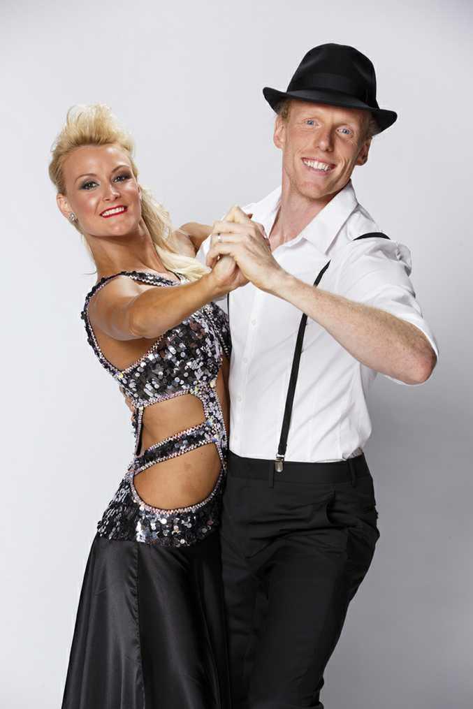 Steve Hooker with dance partner Ash-Leigh Hunter.