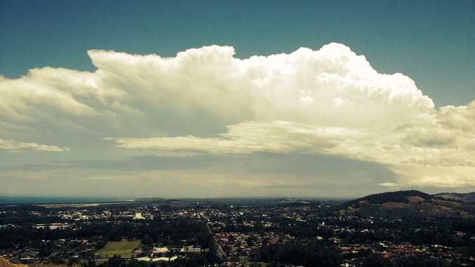 Storm clouds start to gather from the south and approach Coffs Harbour. Photo: Trevor Veale / Coffs Coast Advocate