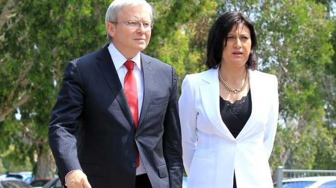 Kevin Rudd with the Member for Richmond Justine Elliott at Tweed Heads.