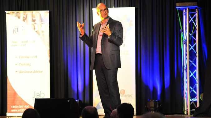 Finance guru and TV presenter David Koch speaking in Coffs Harbour. Photo Bruce Thomas/ Coffs Coast Advocate