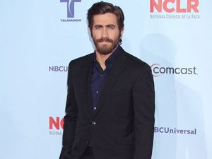 Jake Gyllenhaal injures hand while shooting 'Nightcrawler'