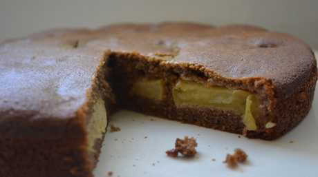 An irresistible homemade banana flour apple tea cake.