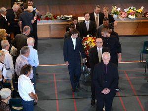 Jockeys make guard of honour at Desiree's funeral
