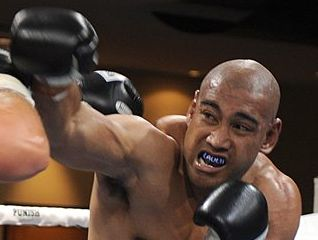 BIG FIGHT: Gatton-trained heavyweight Alex Leapai.