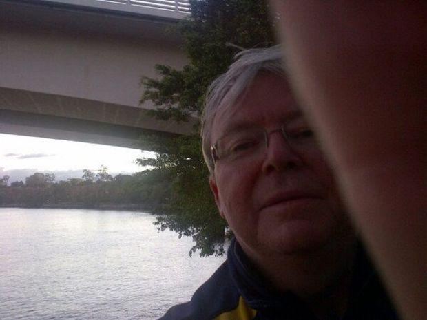 Kevin Rudd selfie