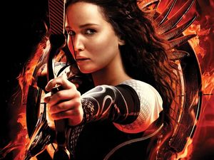 Hunger Games grosses $135 million in its first weekend