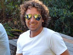 Byron Bay surfer Matt Scarff remains in coma after king hit