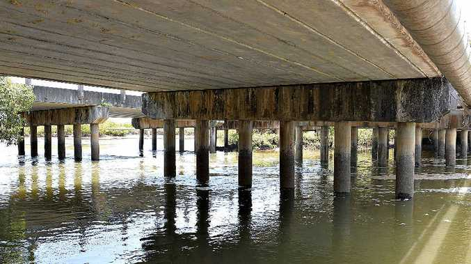 Pylons under Vines Creek bridges are cracking and have lost concrete.