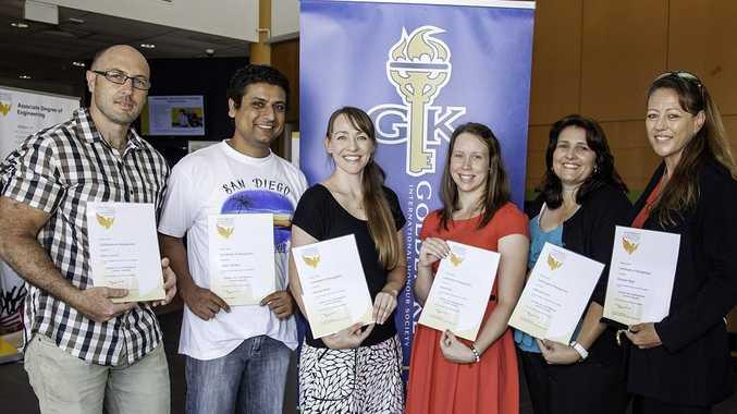 Golden Key recipients Gavin Lynch, Sadan Adhikari, Rachael Brain, Kara Wise, Belinda Evans and Michelle Malki.