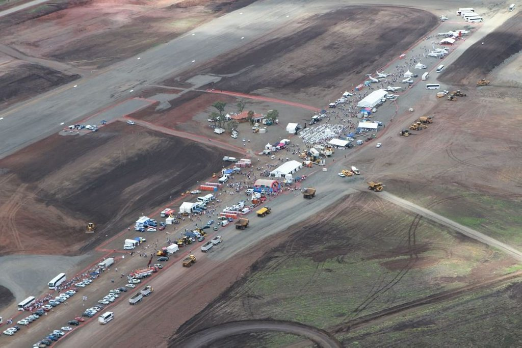 More than 18,000 visitors got their first glimpse of Wellcamp Airport on Sunday.