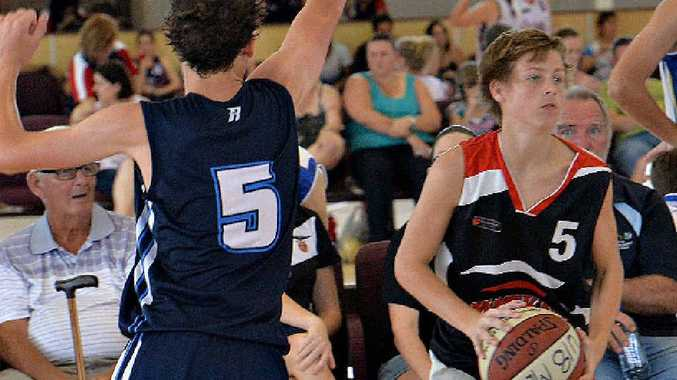Mackay Meteors under-18 player Brayden Collins looks for support against Rockhampton.