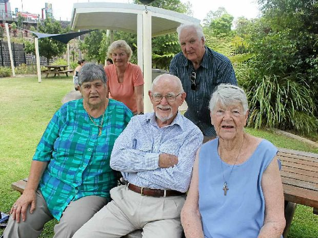 MOVE2CHANGE MENTORS; (Back row) Merle Hill and Ross Davie (front row) Anna Wutte, Geoff Walker and Joan Hawkins.