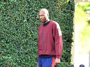 Lamar Odom walking again after suffering multiple strokes