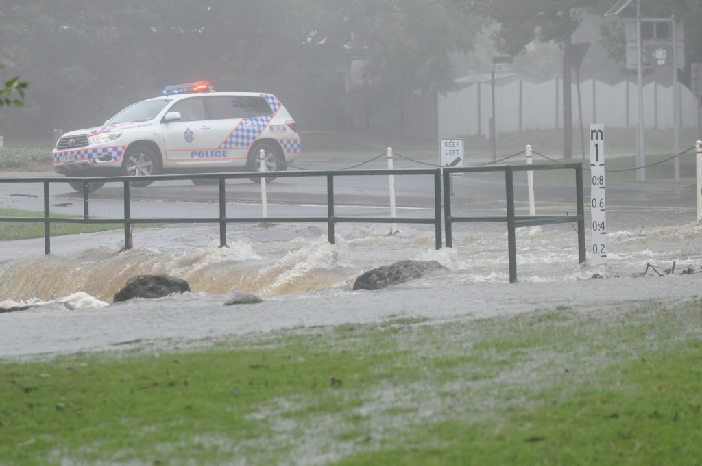 Long Street, at the intersection of Mackenzie was closed for a short period due to water over the road.