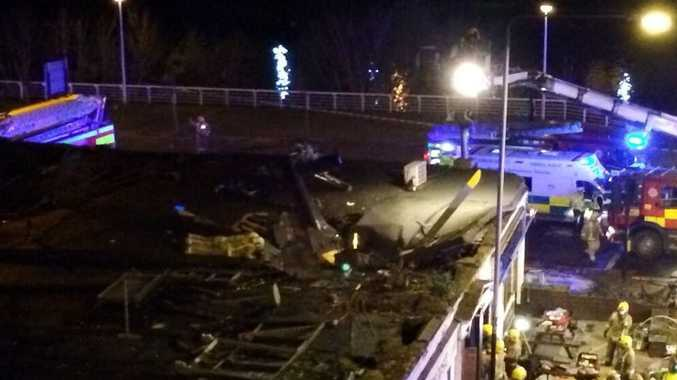 Helicopter crashes into busy bar in #glasgow #clutha