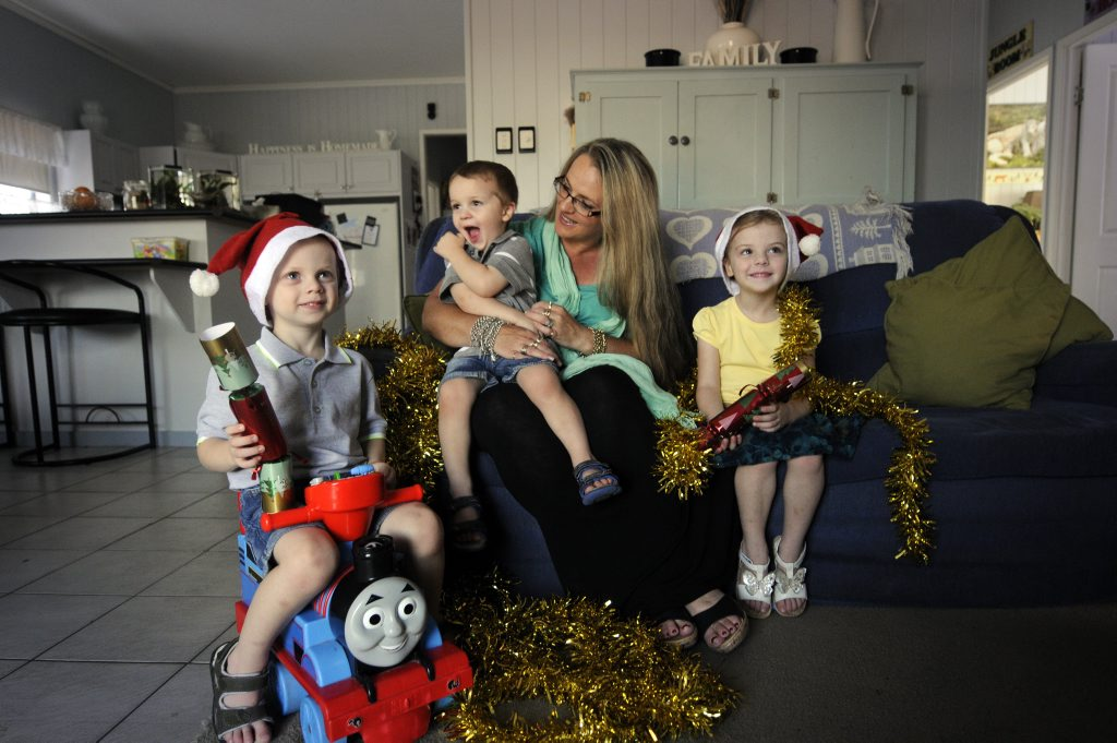 At home with three of her children -Jeni Bonell has to buy Christmas presents for 15 children.From left; Eric, 3 years, Damian, 2 years and Rachel 5 years. Photo: Bev Lacey / The Chronicle