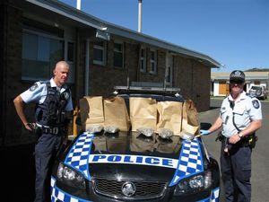 Police seize drugs at Applethorpe vehicle intercept