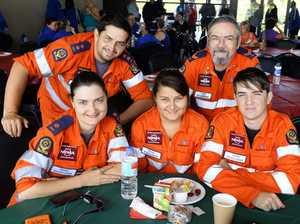 Volunteers egged on at free brekkie