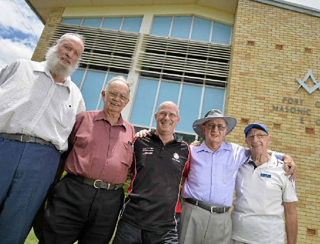 DONATION: Masons (from left) Graham McLachlan, Harold Harvey, Gladstone Diabetes Association's Brian Wilkie, Alan Currey and Athol Bartlett.