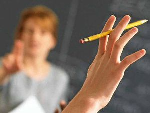 Toowoomba teacher makes unusual plea for air-con