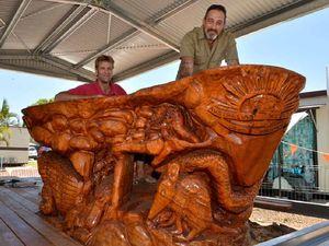 Chainsaw artist reckons he'd do better than brown stumps