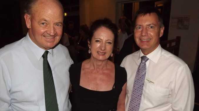 Bill Schoch (Palmer Coolum Resort), Sandy Zubrinich (SCBC Chair) and Cr Steven Robinson.