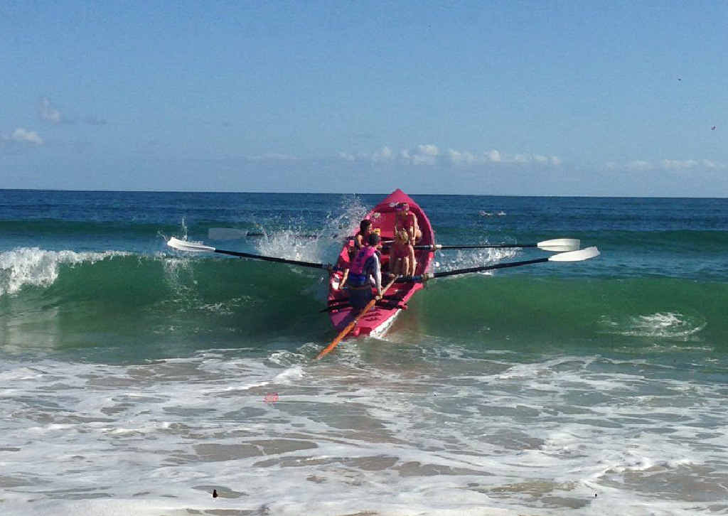 Tannum Sands surf boat crews had all five of their entrants in finals at Southport on the Gold Coast.