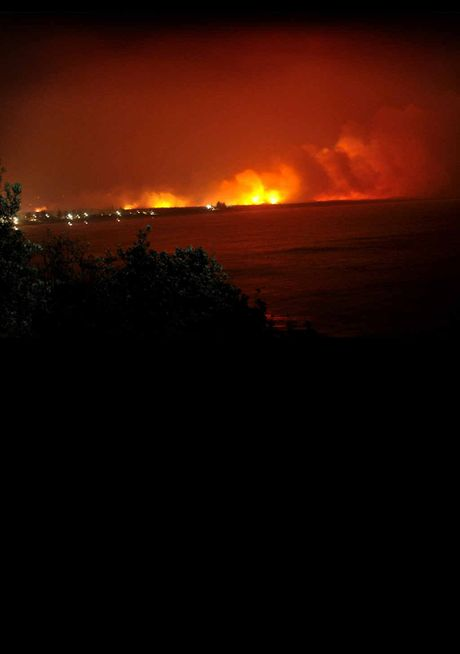 MAIN PICTURE (ABOVE): Fires north of Lennox Head, taken from Pat Morton Lookout.
