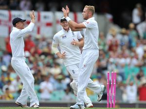 Broad pulls clutch win for England against West Indies