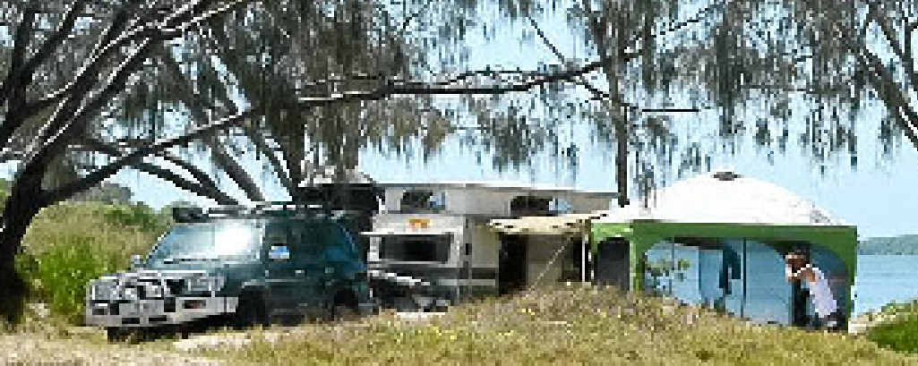 Thefts from campsites at Inskip and Rainbow Beach have prompted a police warning.