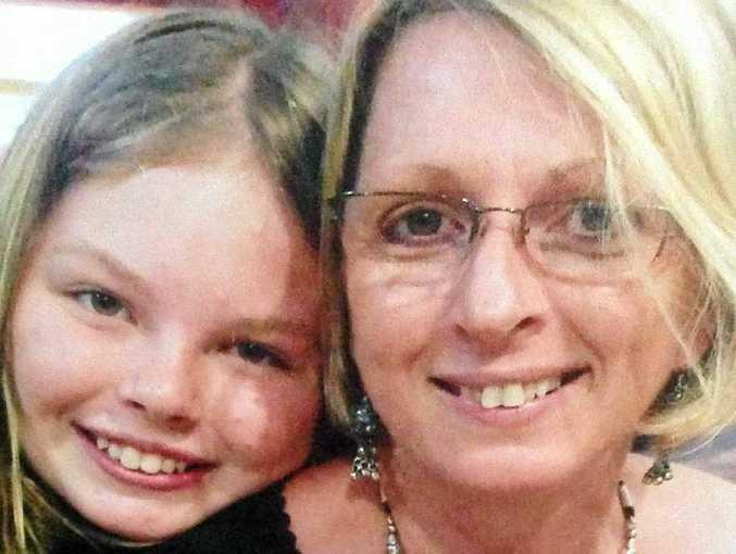 Fourteen-year-old Yvana Bischoff and her mother Noelene Bischoff died suddenly in Bali on Saturday.