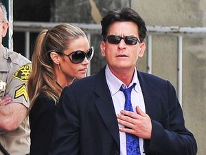 Reports Charlie Sheen will evict ex-wife from her house
