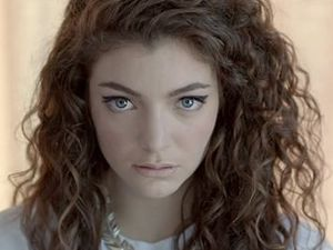 World hails Lorde after 17-year-old's double Grammy win