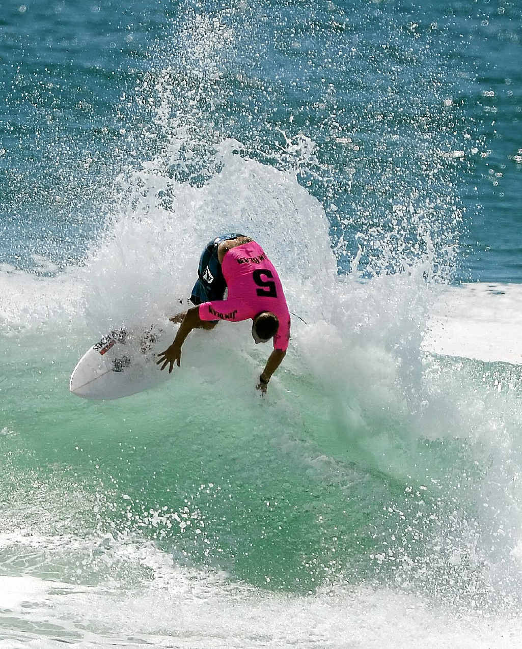 ALL GOOD: Dylan Johnson's backhand re-entry in The Jim Beam Surftag qualifier, held at North Wall, Ballina.